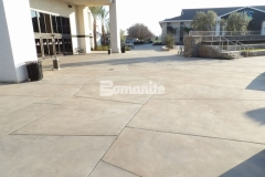 I love the saw cuts that were incorporated into this Bomanite Sandscape Refined Antico decorative concrete hardscape because they add a beautiful textural element as well as a contemporary design aesthetic to this outdoor gathering space.